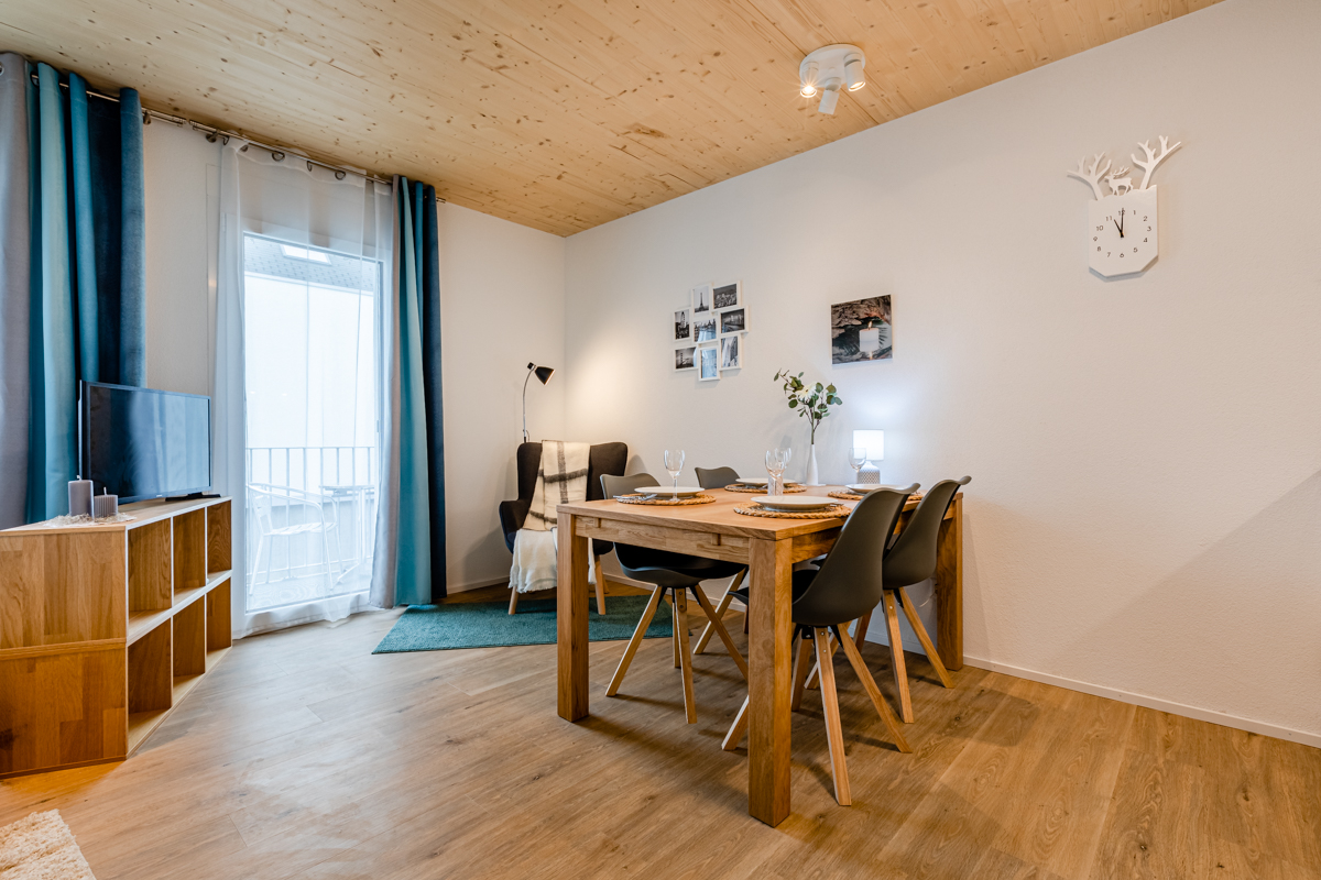 Haus Rebstein, 1.5 Zi.-Whg., 9445 Rebstein,  1. OG, W23, Balkon, W23